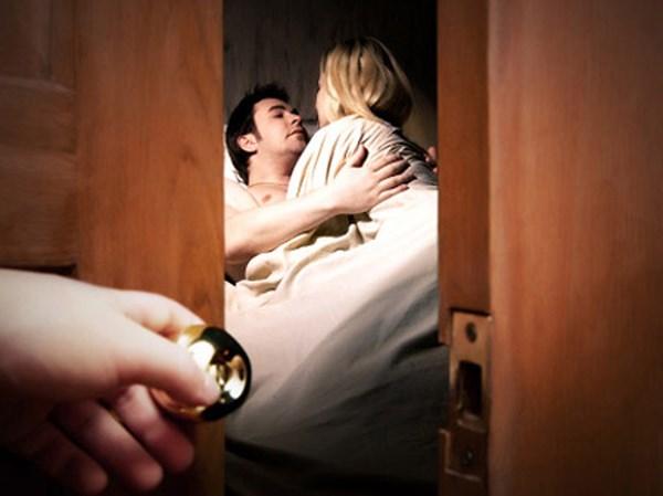 Dịch vụ xét nghiệm adn xác định tinh dịch của chồng/vợ ngoại tình