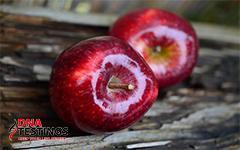 Nếu bạn muốn dùng nước nóng để nhận biết táo nhiễm độc hay không thì đừng quên những điều này