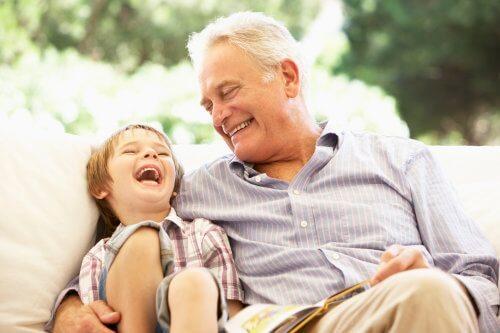 ADN ông nội với cháu chuẩn là ông cháu, nhưng con trai và cháu nội lại không phải là cha con